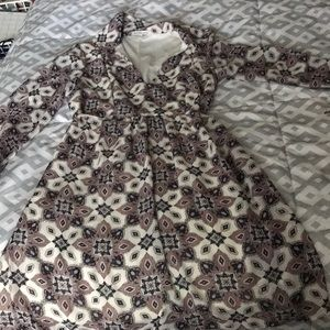 Super cute paisley print dress! Awesome fall find!